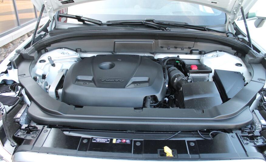 2019 Volvo XC60 T6 R-Design Sport Utility 4D