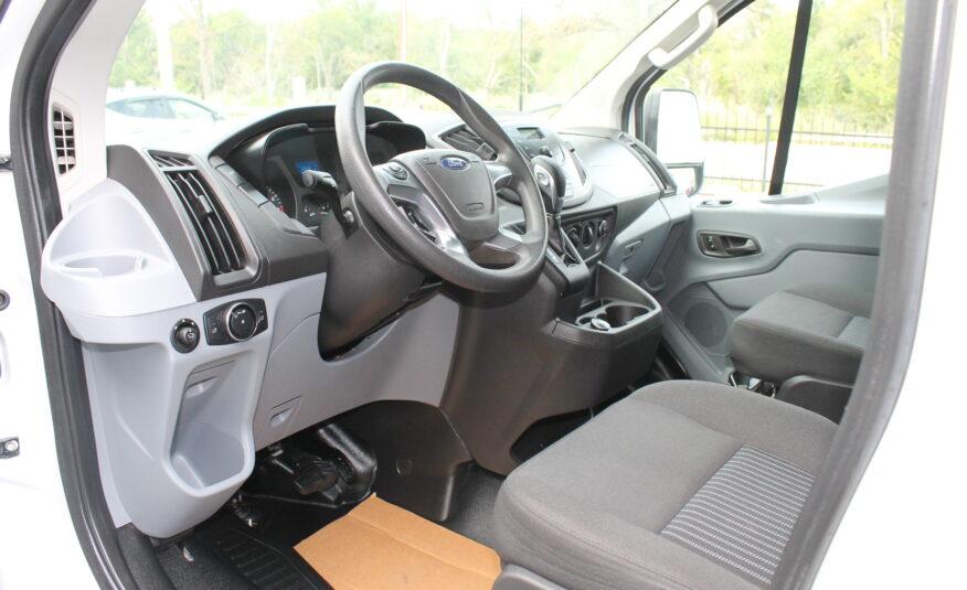 2018 Ford Transit 250 Van Low Roof w/60/40 Side Door w/RWB Van 3D